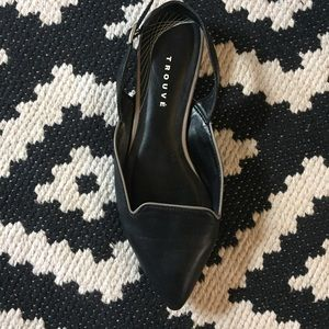 Nordstrom black slingback flats with notched upper